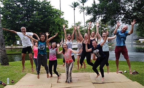 Laughter Yoga In The Park - Chiang Mai